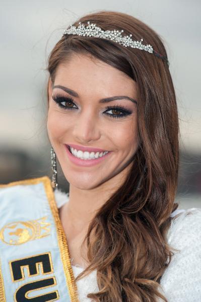 Kulcsár Edina a Miss World 2014 szépségverseny második helyezettje