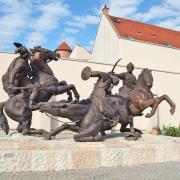 Végvári csata - egri szobor