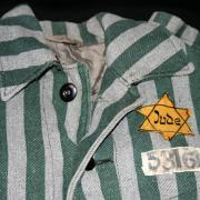 A csillag textilanyagának árát levonták a rab letéti pénzéből
