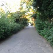 A Faraktár utca szervizútja