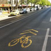 Sok volt a járdán száguldozó kerékpáros, lehet, hogy a gyalogosokat védik?