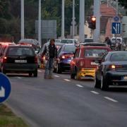 Olykor a koldusok is nehezítik a közlekedést