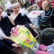 Az ajándékozás öröme    Fotó: hirkep.com