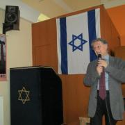 Hunyadi László előadás közben