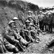 Katonák az arcvonalban