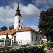 A református templom a település egyik látványossága is