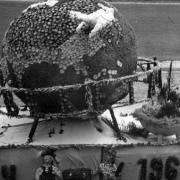 Karneváli alkotás 1966-ból
