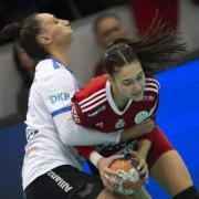 Vámosi Panna első góljait lőtte nemzetközi porondon  Fotó: dvsckezilabda.hu
