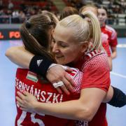 Csernyánszki Liliána és Vantara-Kelemen Éva  Fotó: DVSC Kézilabda