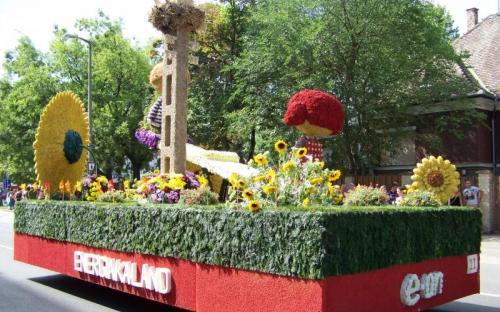 Az eon virágkocsija