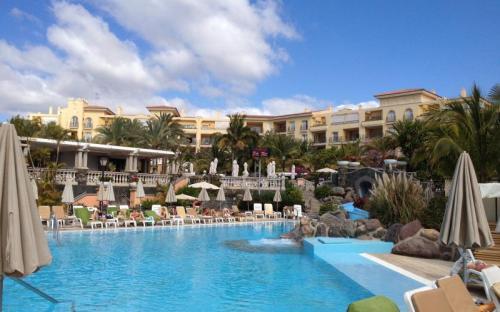 A Palm Oazis Hotel udvara