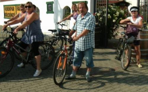 Indul a kerékpártúra