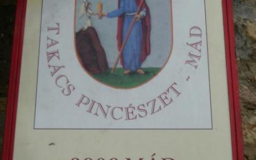 A Takács pincészet címere