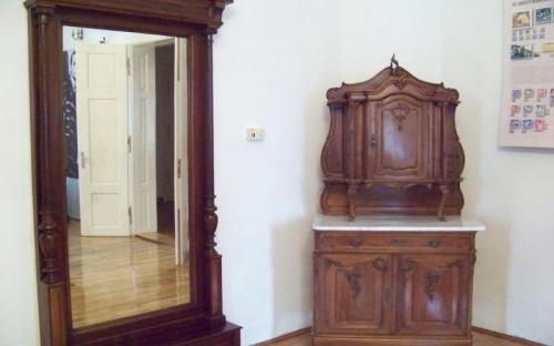 A bútorok egy részét vásárolni kellett
