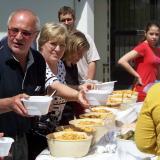Ebéddel vendégelték meg a résztvevőket